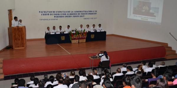 Inicia en la UNACH Curso de Inducción a alumnos de nuevo ingreso