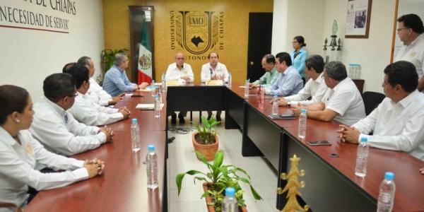 Firman UNACH y UNOPROC convenio general de colaboración