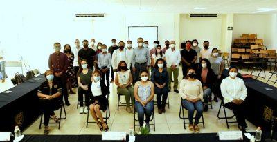 """Benefician a alumnos de la UNACH con Beca Internacional """"Misión Resistencia"""""""