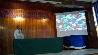 Impartió UNACH el Taller sobre el uso de antibióticos