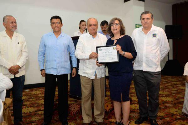 Celebra UNACH el Día del Médico Veterinario