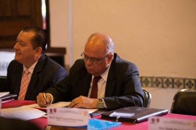 Participa el rector Carlos Eugenio Ruiz Hernández en seminario internacional dirigido a autoridades universitarias del país