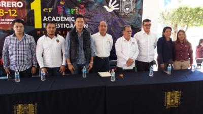Organizan alumnos de la UNACH la Primer Feria Académica y de Investigación