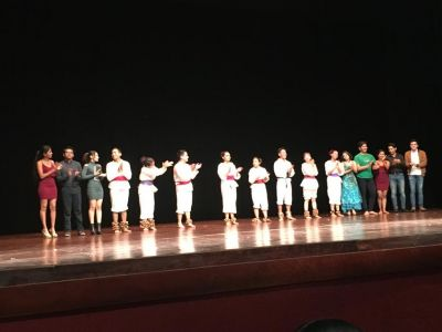 Concluyen sus estudios la segunda generación de la Licenciatura en Danza que se imparte en la UNACH