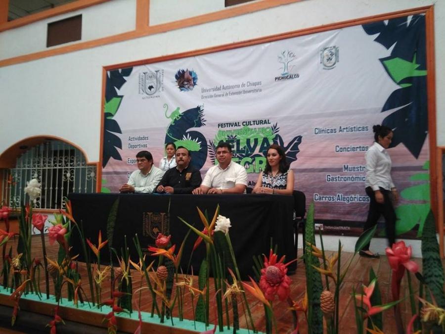 Convergen la cultura y el deporte en el Festival Selva Negra celebrado en Pichucalco