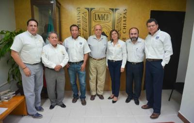 Estrechan vínculos de cooperación los Centros de la UNACH