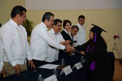 Forja UNACH profesionistas  de calidad capacitados por el Sistema de Educación a Distancia