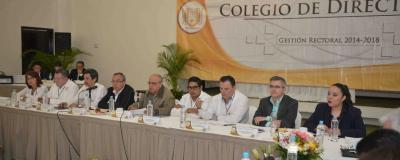 Analiza Colegio de Directores de la UNACH  los avances en temas de  calidad, investigación, eficiencia terminal y educación continua