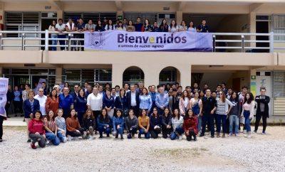 Da rector de la UNACH bienvenida  a los alumnos de nuevo ingreso en el Campus San Cristóbal de Las Casas
