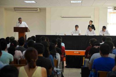 Rinde el director de la Facultad de Arquitectura de la UNACH Berzaín Cortes Martínez su Tercer Informe de Actividades