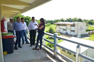 Continúa rector de la UNACH Carlos Eugenio Ruiz Hernández verificando las condiciones de la infraestructura de los Campus
