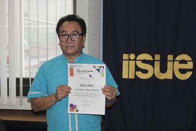 Obtiene egresado de maestría ofertada por la UNACH-UNICACH el Premio Pablo Latapí Sarre