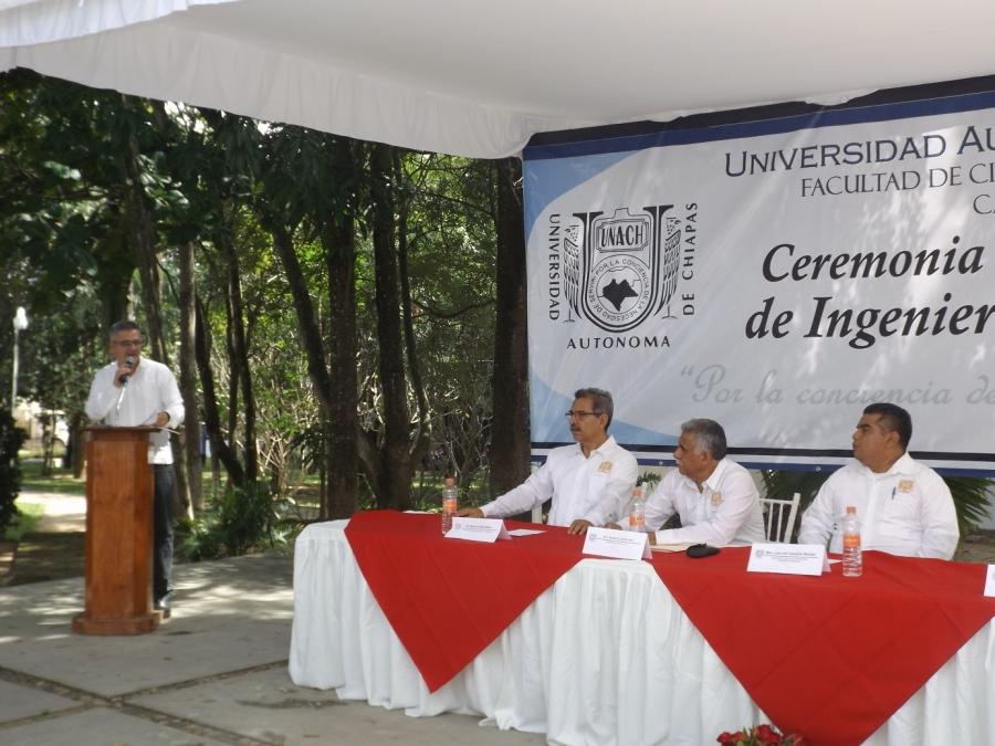 Se forman en la UNACH a profesionales con espíritu ético, humanista y conciencia social