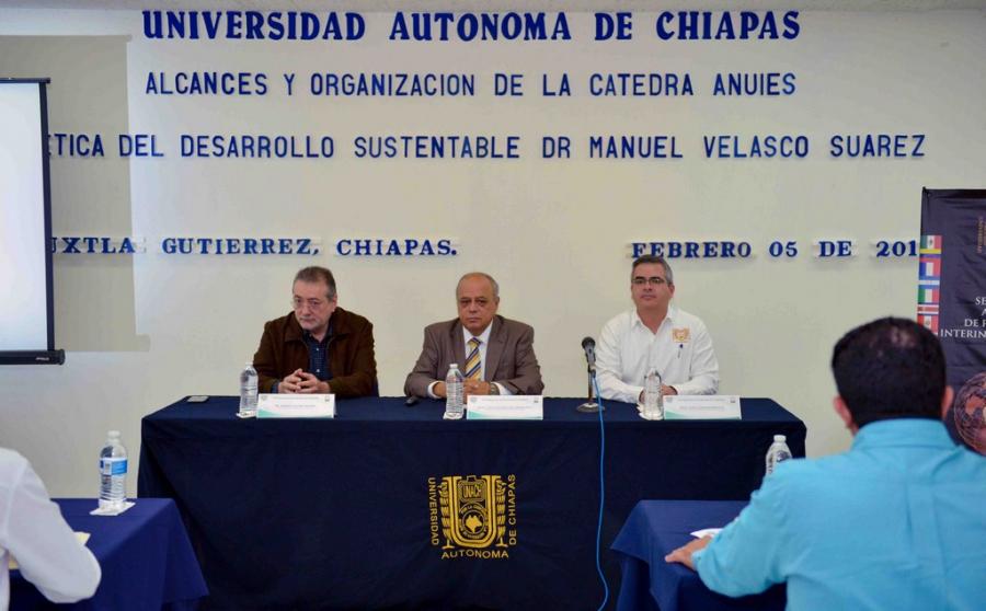 Reconocen UNACH y ANUIES el legado del Dr. Manuel Velasco Suárez