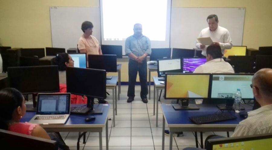 Imparten en la UNACH Seminario sobre Ingeniería de Software