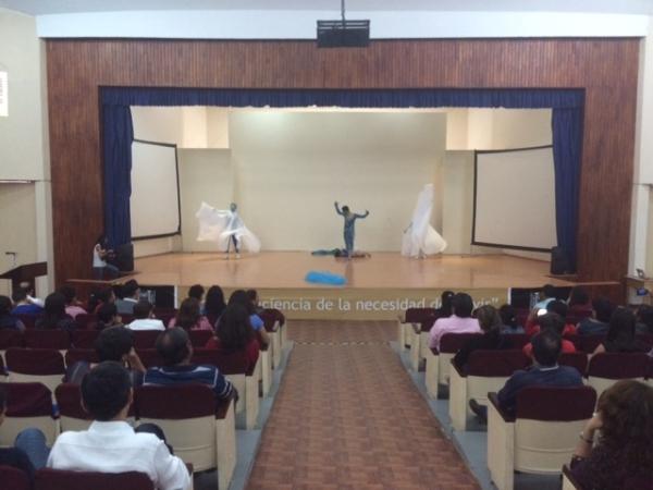 Exponen estudiantes de la licenciatura en Danza de la UNACH su talento artístico