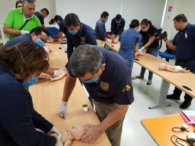 Instruye UNACH a su personal en temas de primeros auxilios