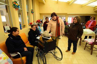 Realiza Voluntariado de la UNACH  donación a los Asilos de San Cristóbal de las Casas