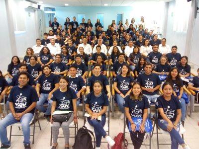 """Entregan becas del Programa """"Delfín 2019"""" a estudiantes de la UNACH"""