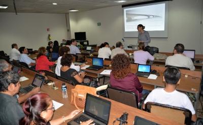 Imparten Cursos de Formación y Actualización a docentes de la UNACH