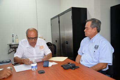Se reúne el rector de la UNACH Carlos Eugenio Ruiz Hernández Con directivos de la Escuela de Medicina Humana Campus IV
