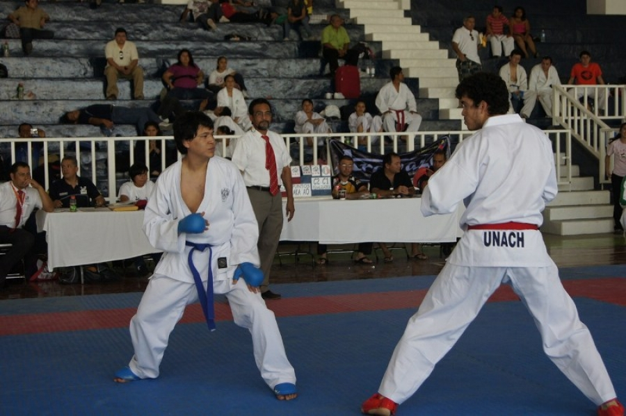 Entran en acción deportistas de la UNACH en Universiada 2011