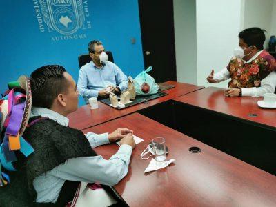 Destacan presencia de jóvenes indígenas en posgrado de la UNACH