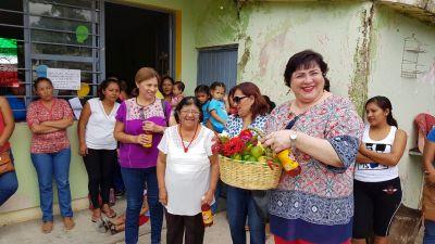 Entrega Voluntariado de la UNACH apoyos  en Chiapa de Corzo