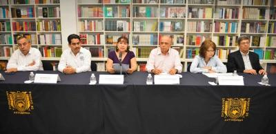 Revalidan UNACH y el Centro Regional de Alta Especialidad de Chiapas convenio de colaboración