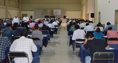 Presentan más de 180 personas el EXANI III para ingresar a los programas de posgrado de la UNACH