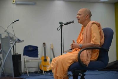Difunden en la UNACH la riqueza cultural de la India