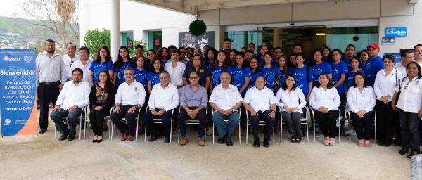 Recibe UNACH a 50 estudiantes que forman parte del Programa Delfín
