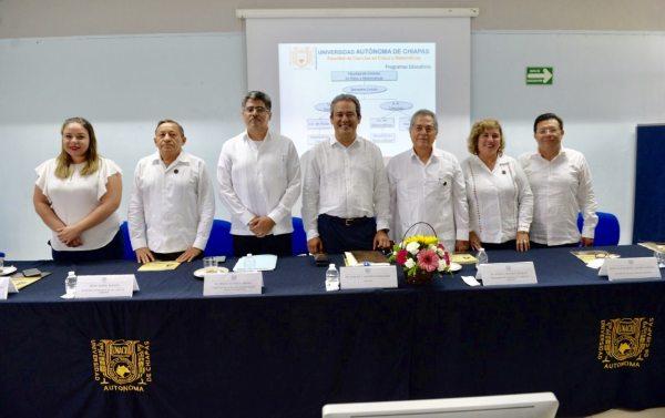 Distinguen la calidad académica y la vinculación internacional a la Facultad de Ciencias en Física y Matemáticas de la UNACH