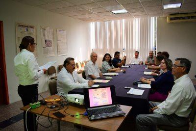 En el Campus IV Capacita UNACH  a productores de la región sobre el uso y manejo de los polinizadores